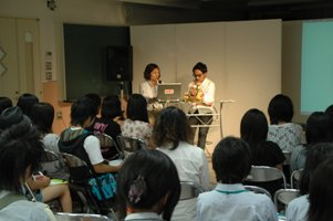 0626_talk.JPG